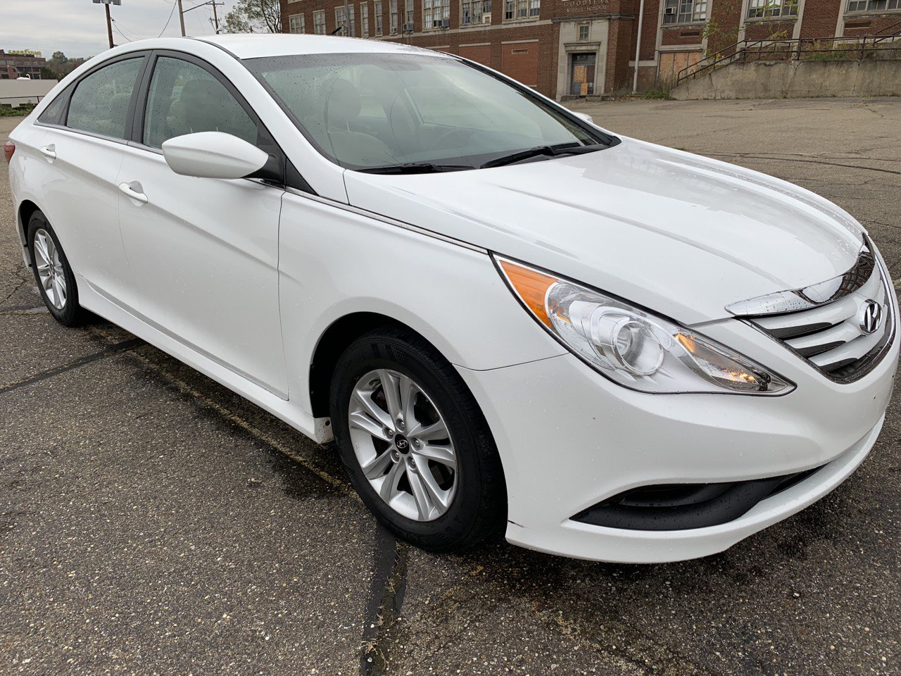 Used 2014 Hyundai Sonata GLS Sedan $9400 For sale in Akron Ohio